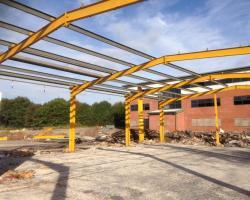 100 ft x 50 ft x 15 ft - (30.5m x 15.2m x 4.5m) used steel building
