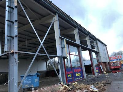 88 ft x 75 ft x 23 ft - Used Steel Building for sale