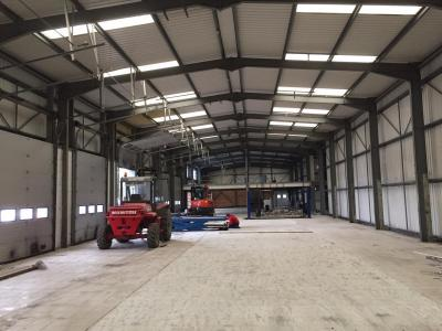 200 ft x 47 ft x 20 ft - (61m x 14.3m x 6.1m) Used Steel Building For Sale