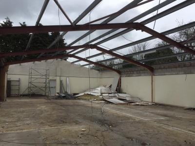 65 ft x 40 ft x 12 ft - (20m x 12.2m x 3.7m) Used Steel Building