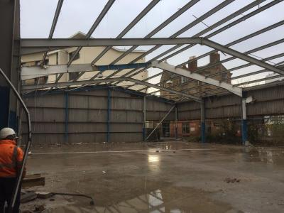 100 ft x 67 ft x 20 ft - (30.5m x 20.5m x 6m) Used Steel Framed Building For Sale