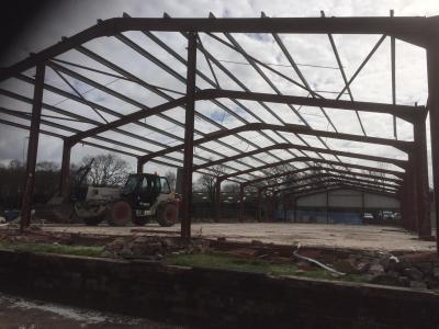 180 ft x 54 ft x 15 ft - (54.9m x 16.5m x 4.6m) Used Steel Building